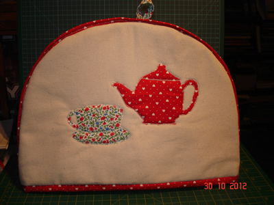 tea-pot-tea-cosy.jpg